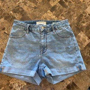 High rise denim shorts!